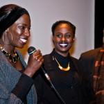 Aïcha Cissé (l), Aminata Demba (m) en Afrika Filmfestival-voorzitter Guido Convents.  Foto © Raf Degeest