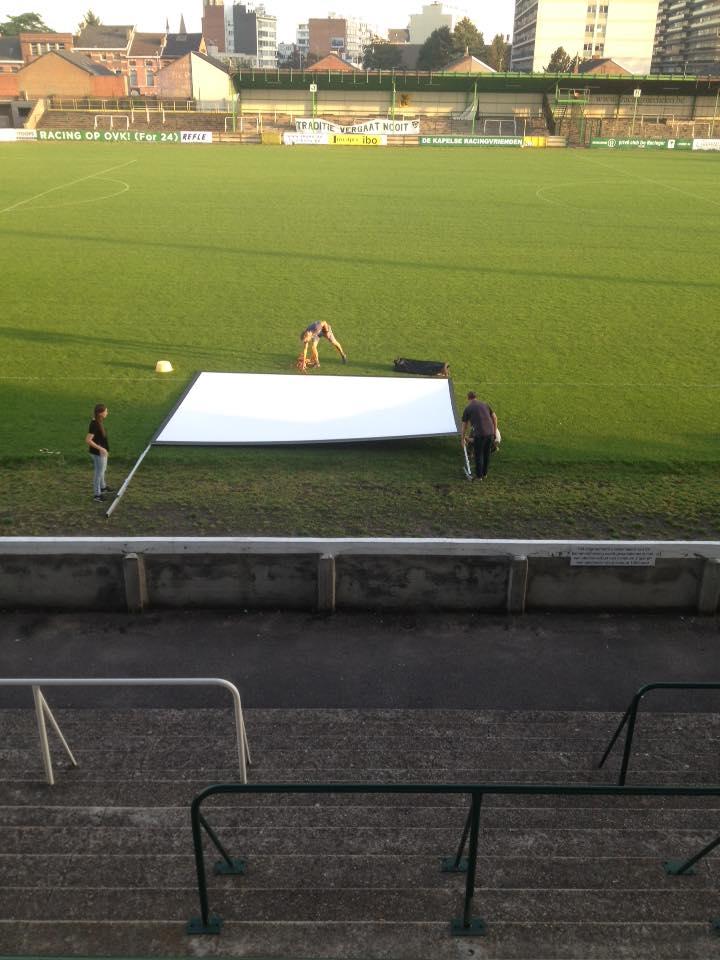 Opbouw vertoning stadion Racing Mechelen